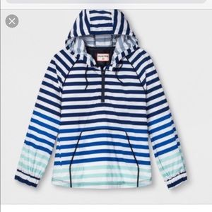 Rain coat pullover